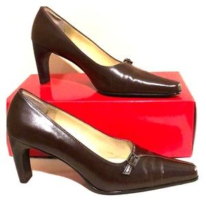 Anne Klein Dark chocolate leather heels